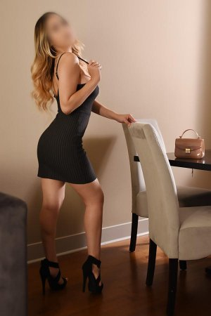 Georgina speed dating in Mustang and escort